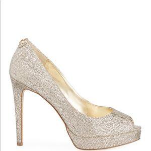 Michael Kors Erika Platform glitter fabric Size 8